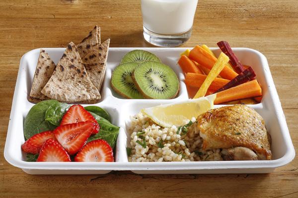 lunch tray oregano chicken