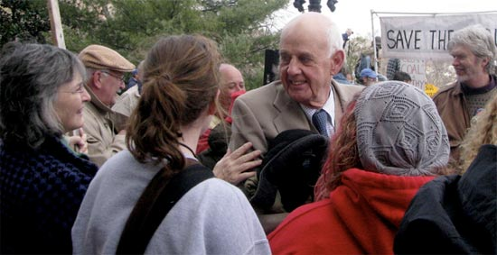 lisa bennett - Wendell Berry Joins Anti-Mountaintop Removal Sit-In